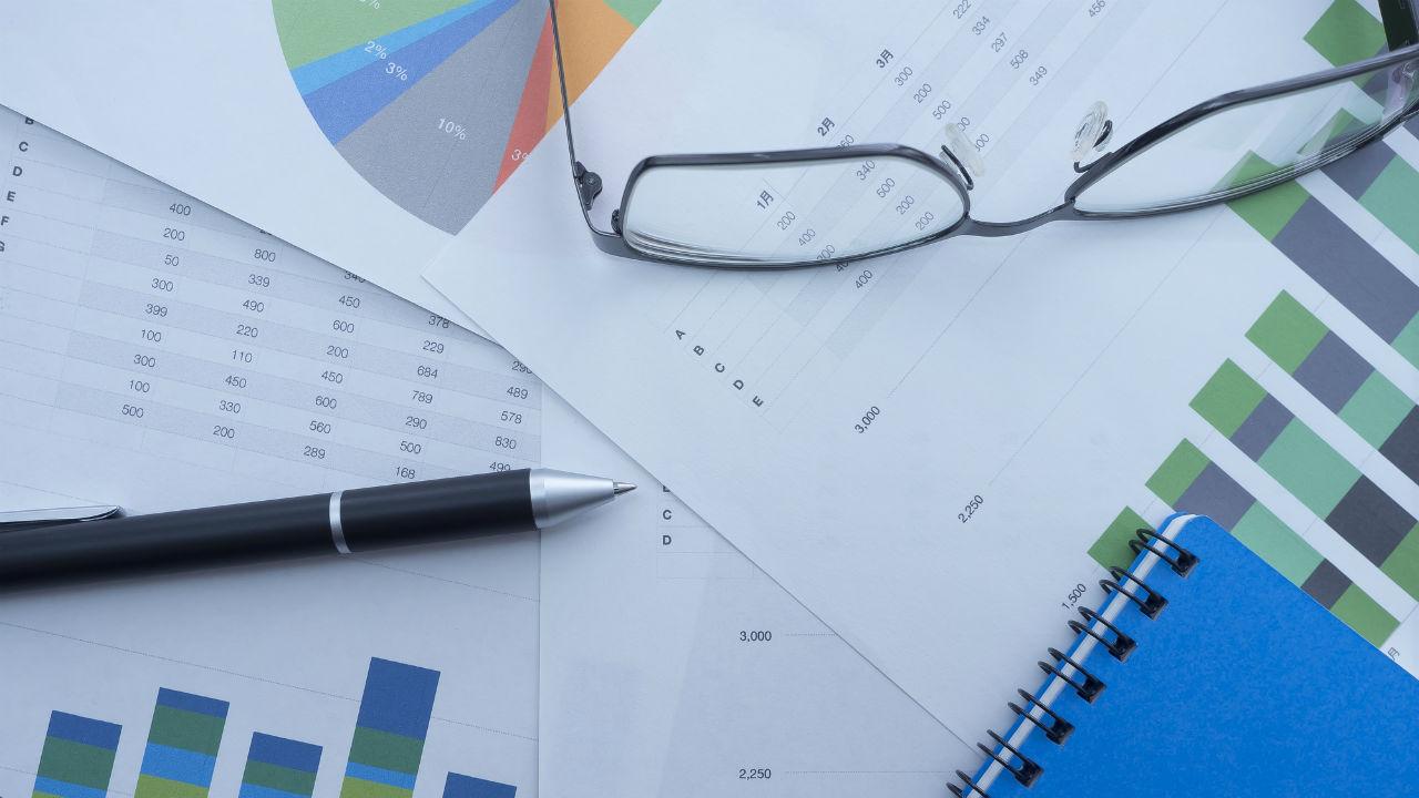 AIによるテキストデータの解析を活用した株価分析の手法