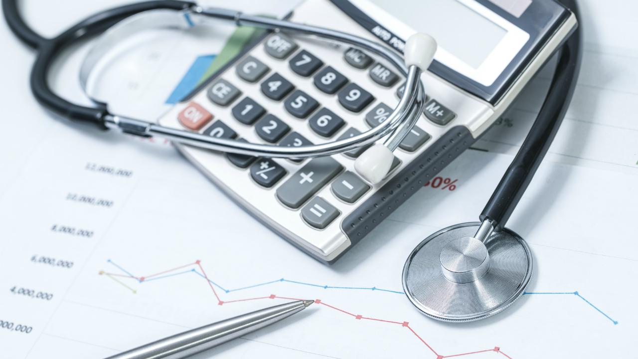 医師の節税に必ず役立つ「確定申告」の基礎知識