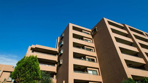 なぜ特徴のない、普通のマンションが建てられ続けるのか?