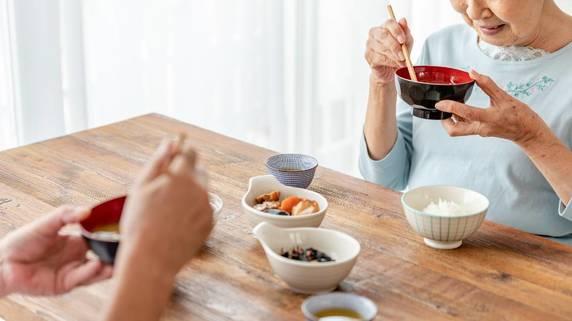 食べなきゃ痩せる…「断食ダイエット」に潜む恐ろしいリスク