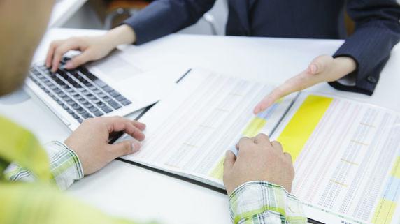 信頼できる保険営業担当者を見極める「質問」とは?