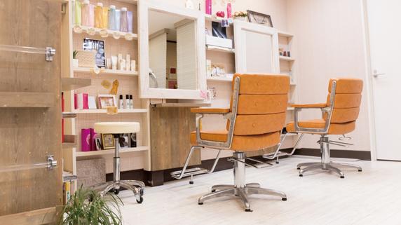 美容室の「内装」にはどの程度お金をかけるべきか?