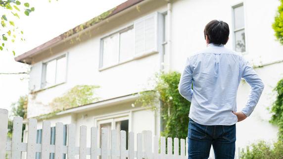 年金「30万円」の両親だが…長男が危惧した、住宅ローン残額