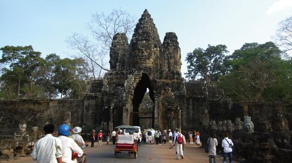 一歩先のパラダイムシフトを感じる「カンボジア」の自動車産業