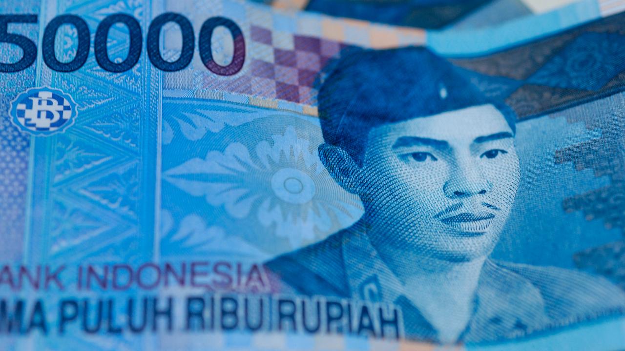 インドネシア中銀、市場予想に反し利下げ