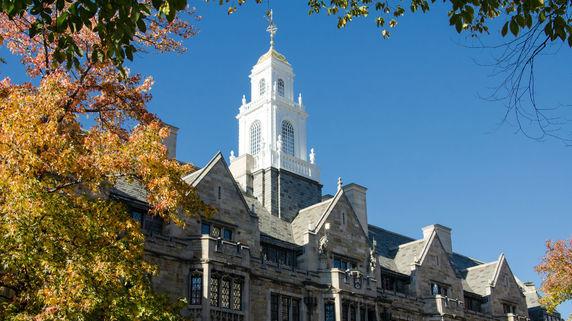 大学基金の運用・・・ハーバードとイェールの長期リターンは?