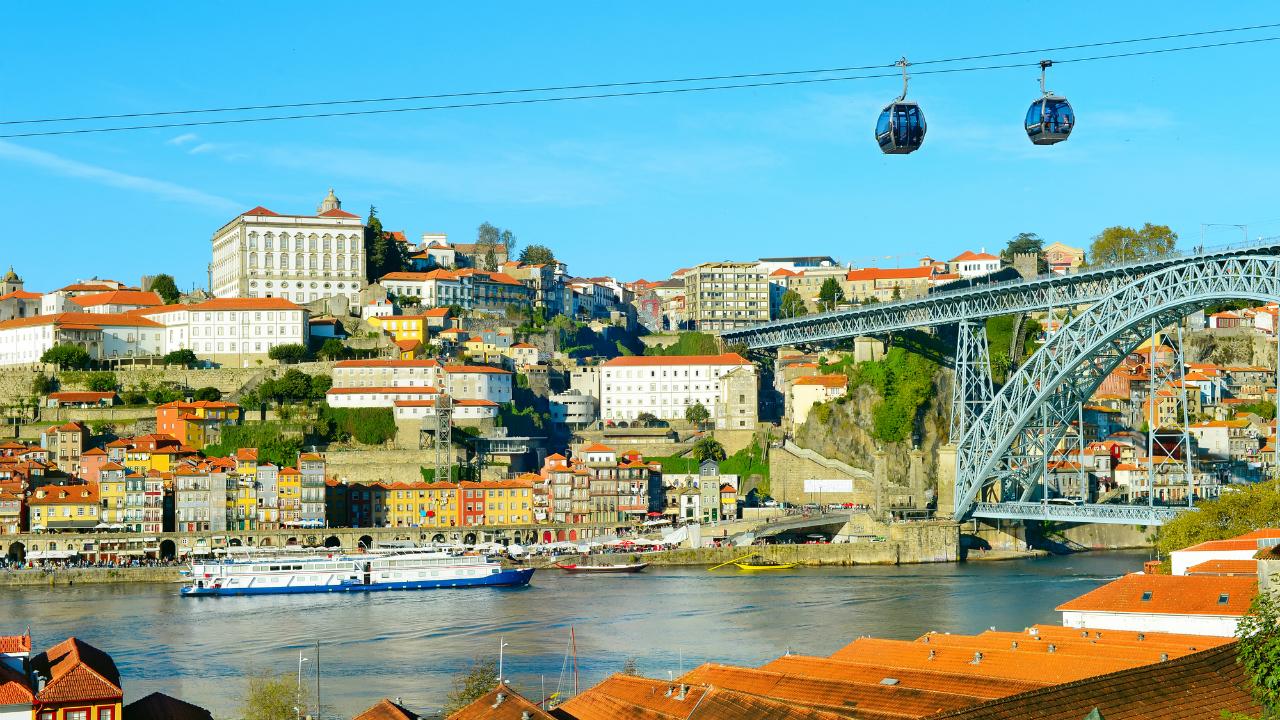 ポルトガルへの移住 多くの人を惹きつける理由とは?
