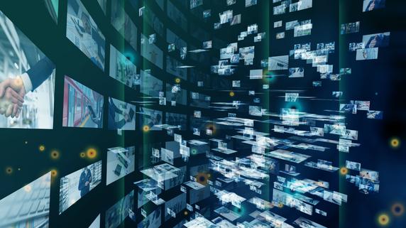 膨大な情報の「デジタル化作業」にいそしむ、現代人の日常