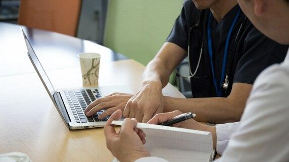 医師からの「明らかに誤った指示」に看護師はどう対応すべきか