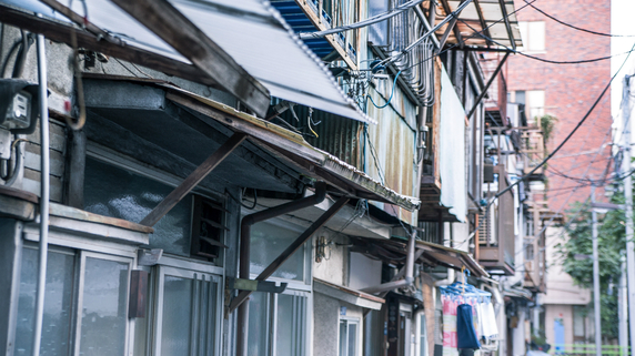建て替えや改築時に課題となる既存建物の接道義務