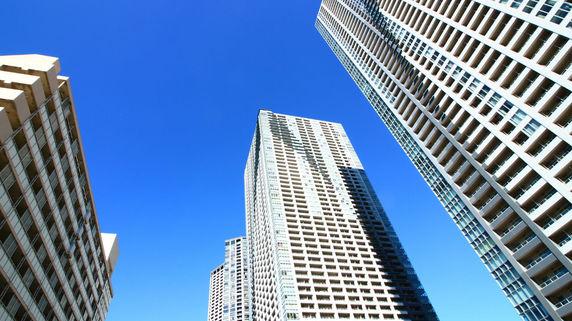 郊外の豪邸は相続税が「割高」、都心タワマンは「割安」なワケ