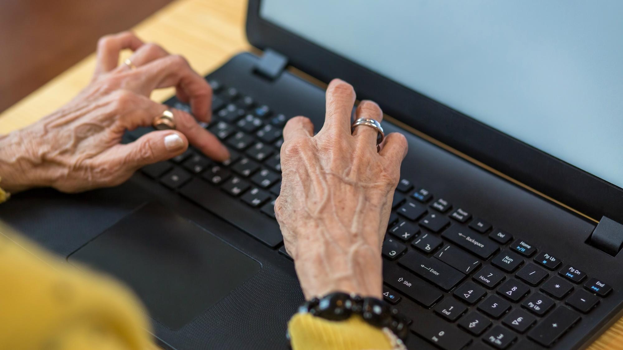 再雇用制度・役職定年も要因…シニア人材の「やる気喪失」問題