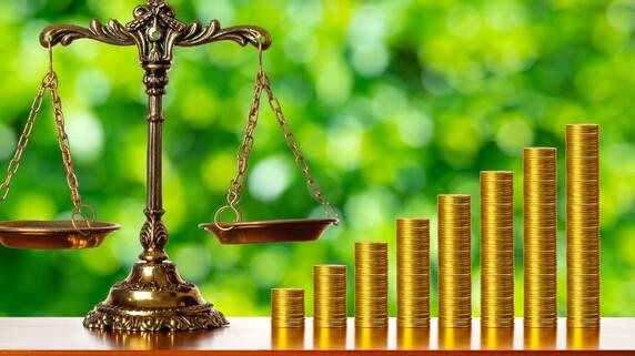 株価が大暴落した…「売り」か「買い」かの論争、ついに決着!