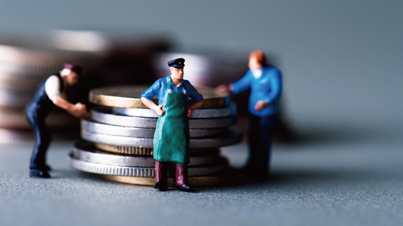 アンティークコインの価格維持・上昇を支える「三つの組織」