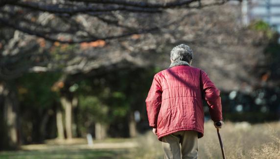 「同居はやめておくわ」ひとり暮らしを望む高齢者が増えたワケ