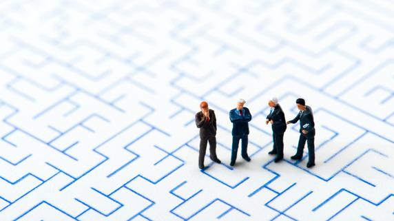家族関係が複雑な資産家一族――事業承継で生じる懸念点とは?