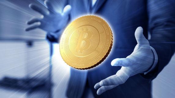 急騰するビットコイン価格 株式市場に及ぼす影響とは?