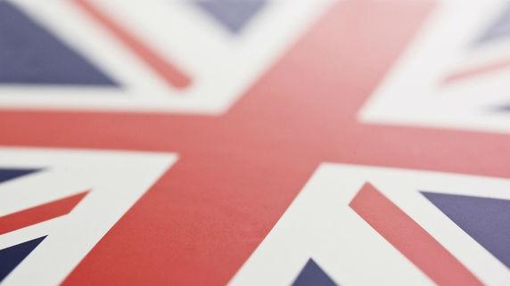 英国、利下げの可能性が浮上した「複数の要因」を探る