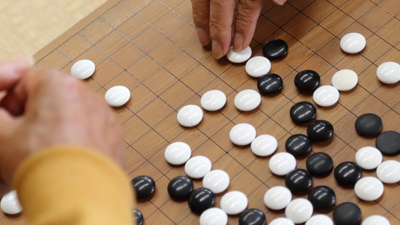 コスミ、ウッテガエシって何だ?井山裕太が監修…囲碁用語の謎