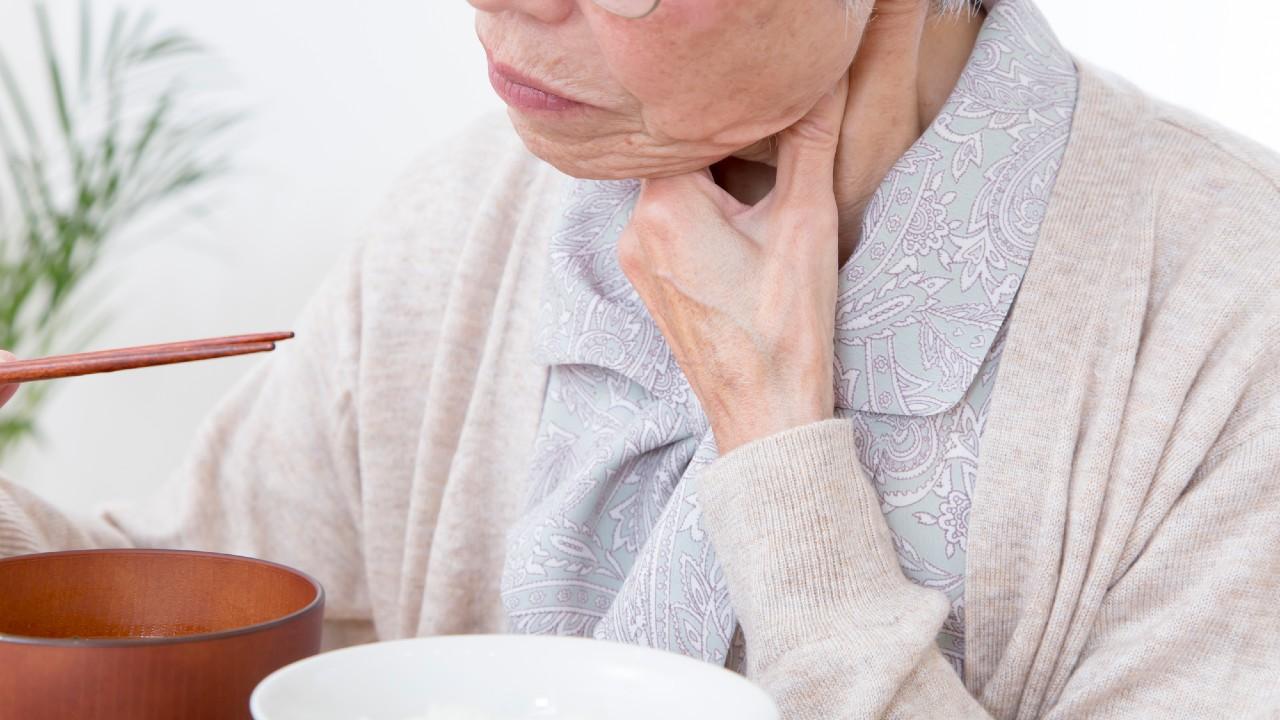 認知症母の誤嚥性肺炎予防…食後はデザートのプリンでお口掃除