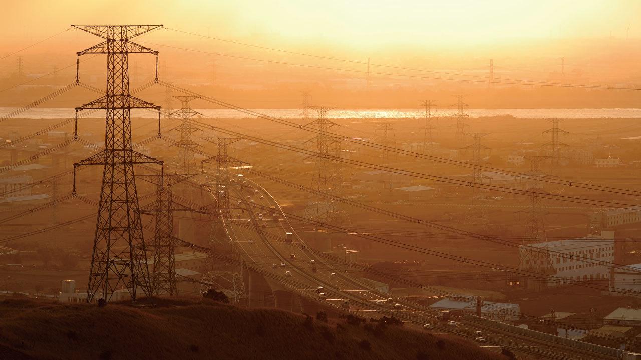 高圧・特別高圧の契約企業における「電力会社変更」の可否