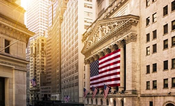 米国アライアンス・バーンスタインのアドバイザーと 本音で語る!不透明な市場環境下での「米国株」資産運用とは?