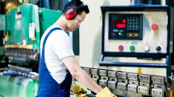 製造業の経営に不可欠な「製造原価報告書」とは何か?