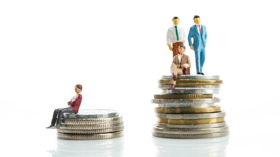 積立投資で「アクティブファンド」を選択するメリットとは?