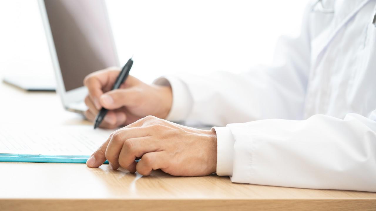【医学部志望者必見】合格を手繰り寄せる「志望理由書」の書き方と例文