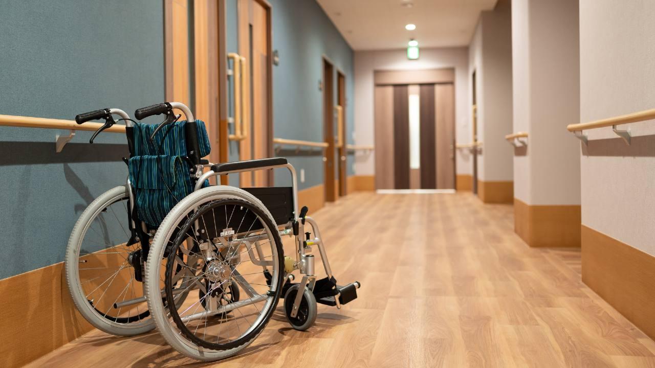 霊安室が「物置き」状態…機能再編中の病院で起きていたこと