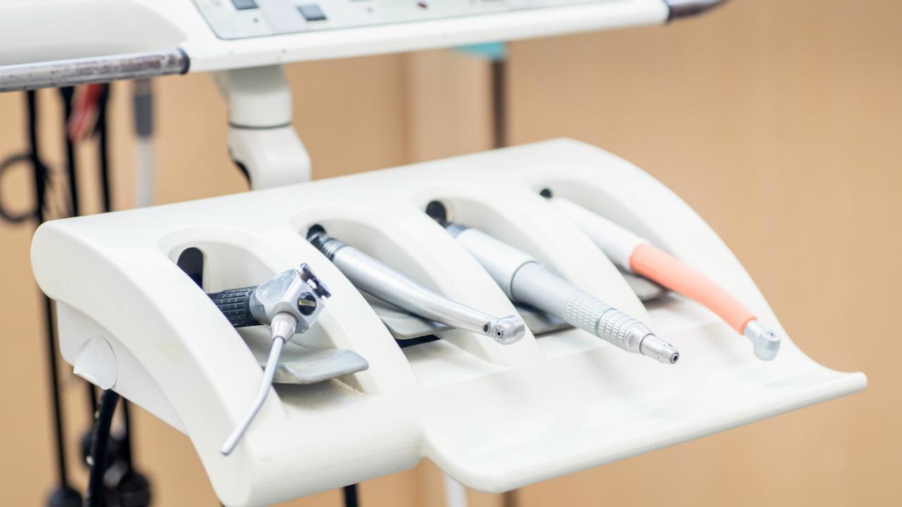進行した虫歯を修復する「歯髄温存療法(MTA)」とは?