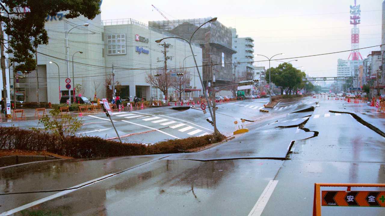 阪神大震災で判明!生産ラインの復旧が必要なのはトヨタだった