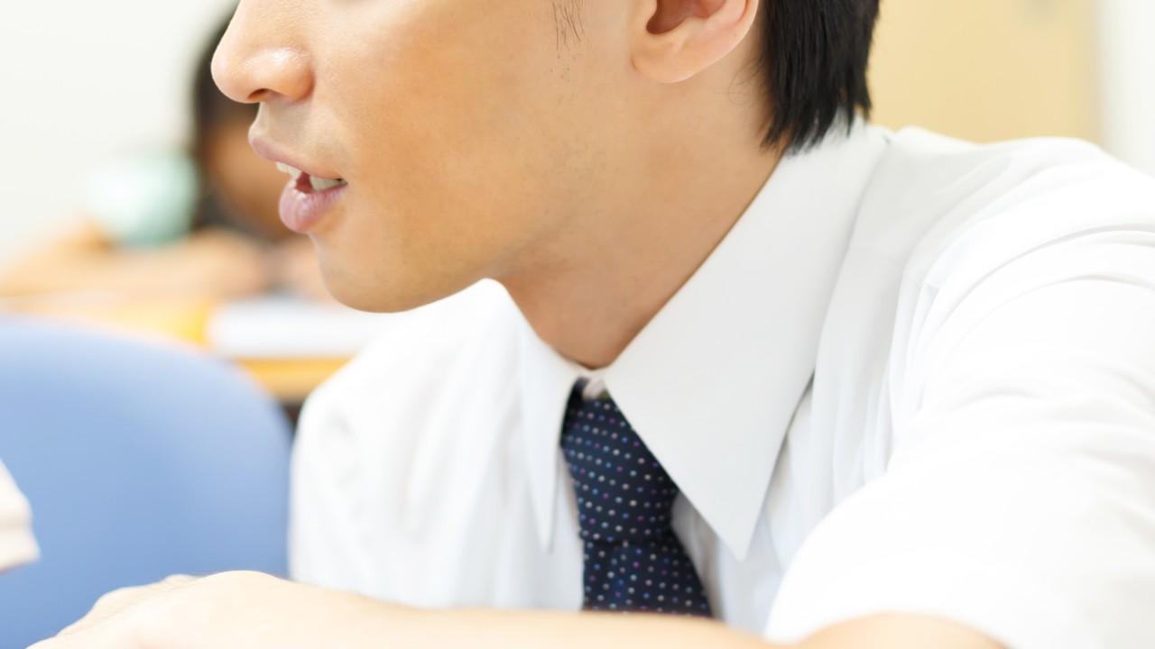 「人前で何も喋れない」生徒を変えた小学校の先生の些細な一言