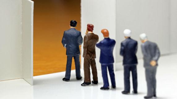 事業の後継者の順位を決める「受益者連続型信託」の活用方法