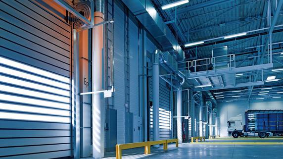 マンションと工場・倉庫投資——手元に多くのお金が残るのは?