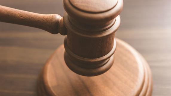 交通事故裁判「保険会社のお抱え医師」の意見が通りやすい理由