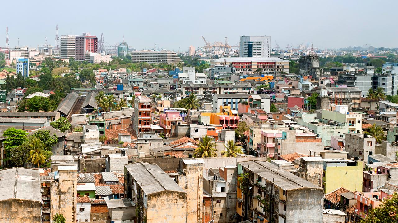 成長を持続できるか? 問われるスリランカ財政再建の行方