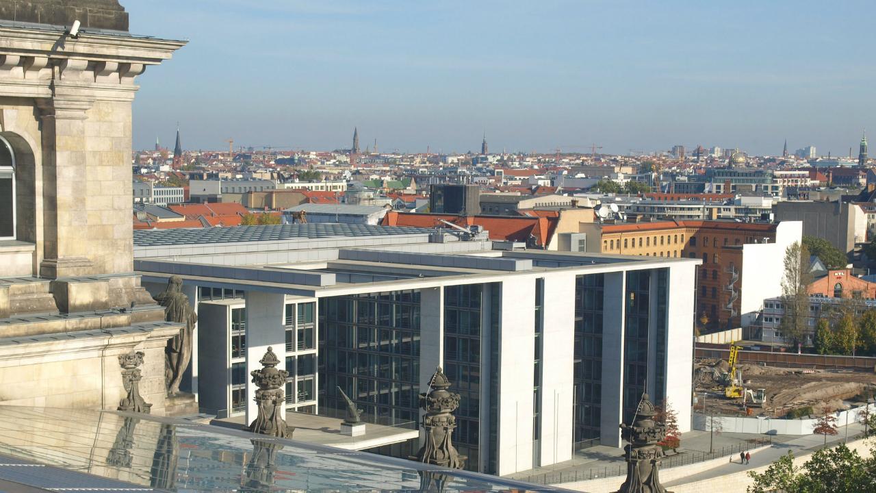 ベルリンで進むメディア、通信サービス、アート分野の大型投資