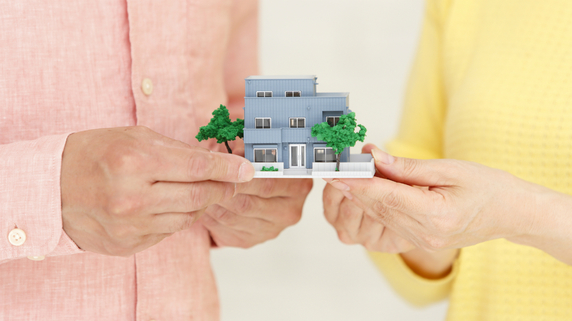 「妻に自宅」「子供に住宅取得資金」を贈与…節税の成功事例