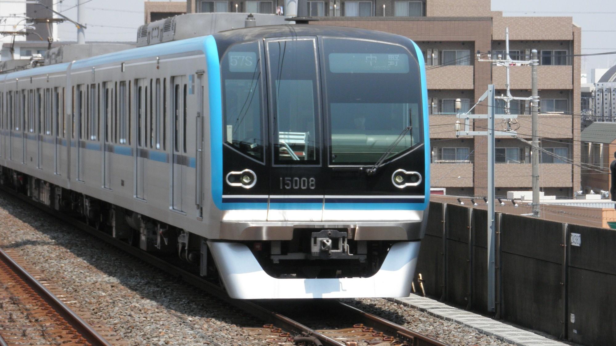 20代会社員…地下鉄東西線「都内の葛西」か「千葉の浦安」か