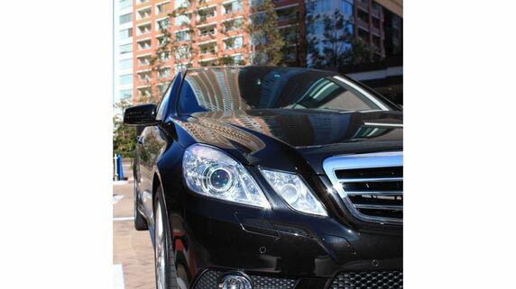 「警察ではムリ」黒塗り外国車に振り回される駐車場貸主の悲惨【弁護士が解説】