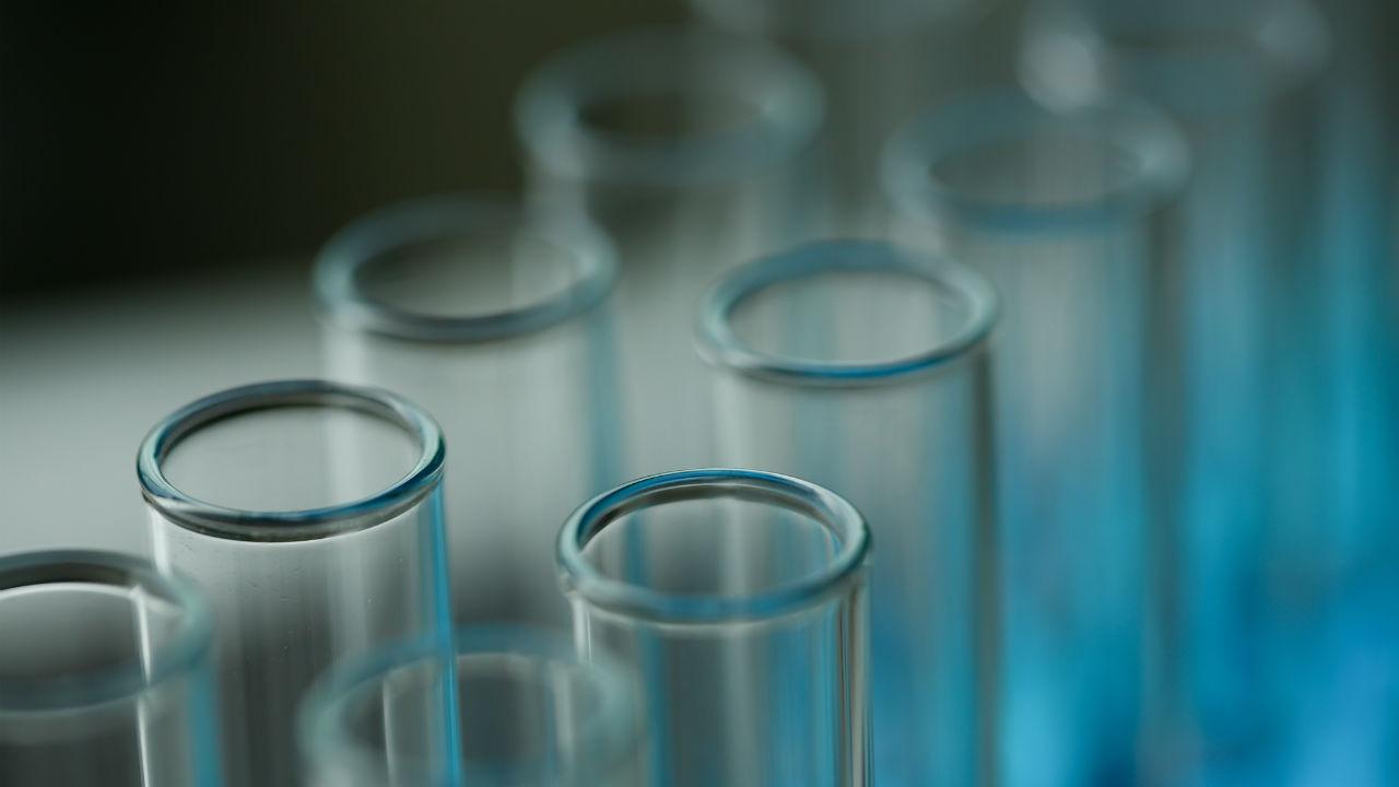 バイオジェンがアルツハイマー病治療薬候補の治験を中止