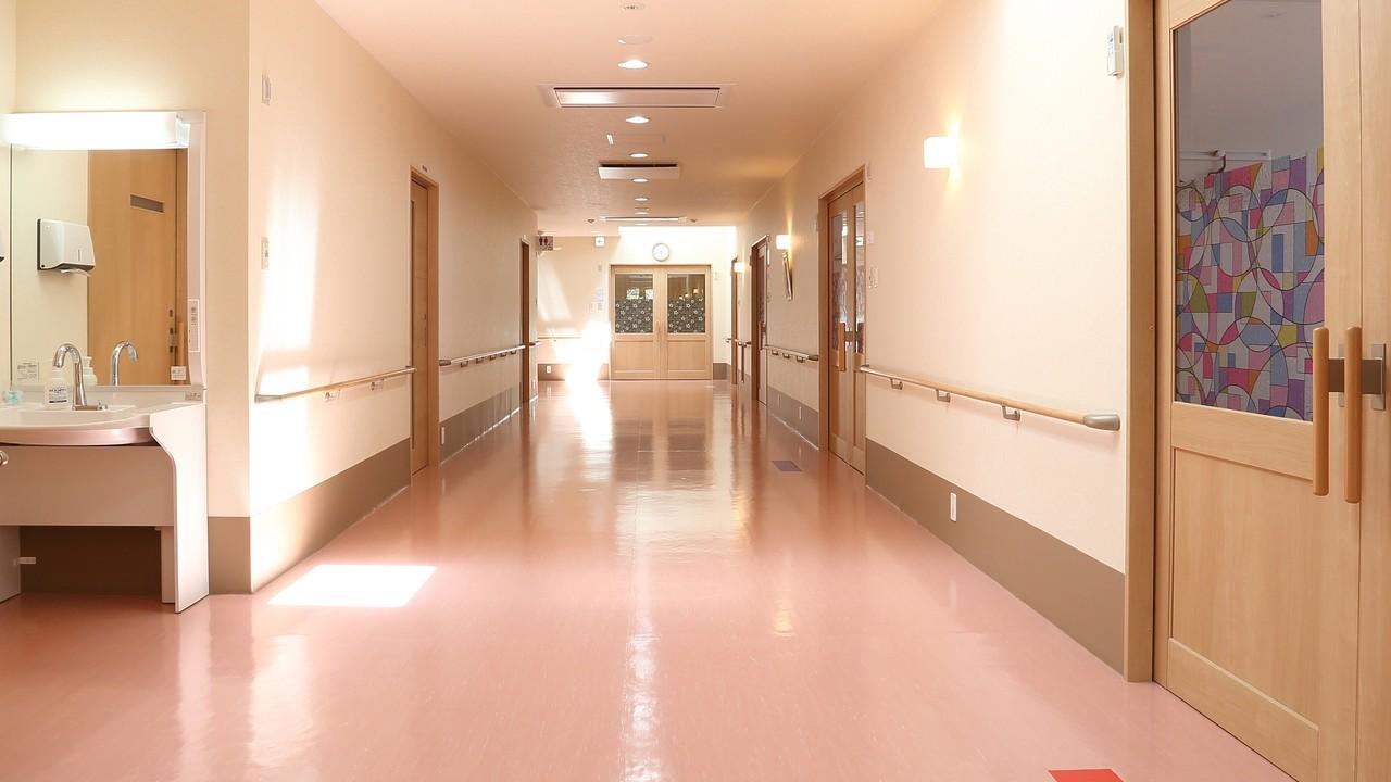 介護施設入居前に…「最低限行わなければならない」確認3つ
