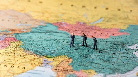 世界各国が警戒する「中国経済破綻」のリスク