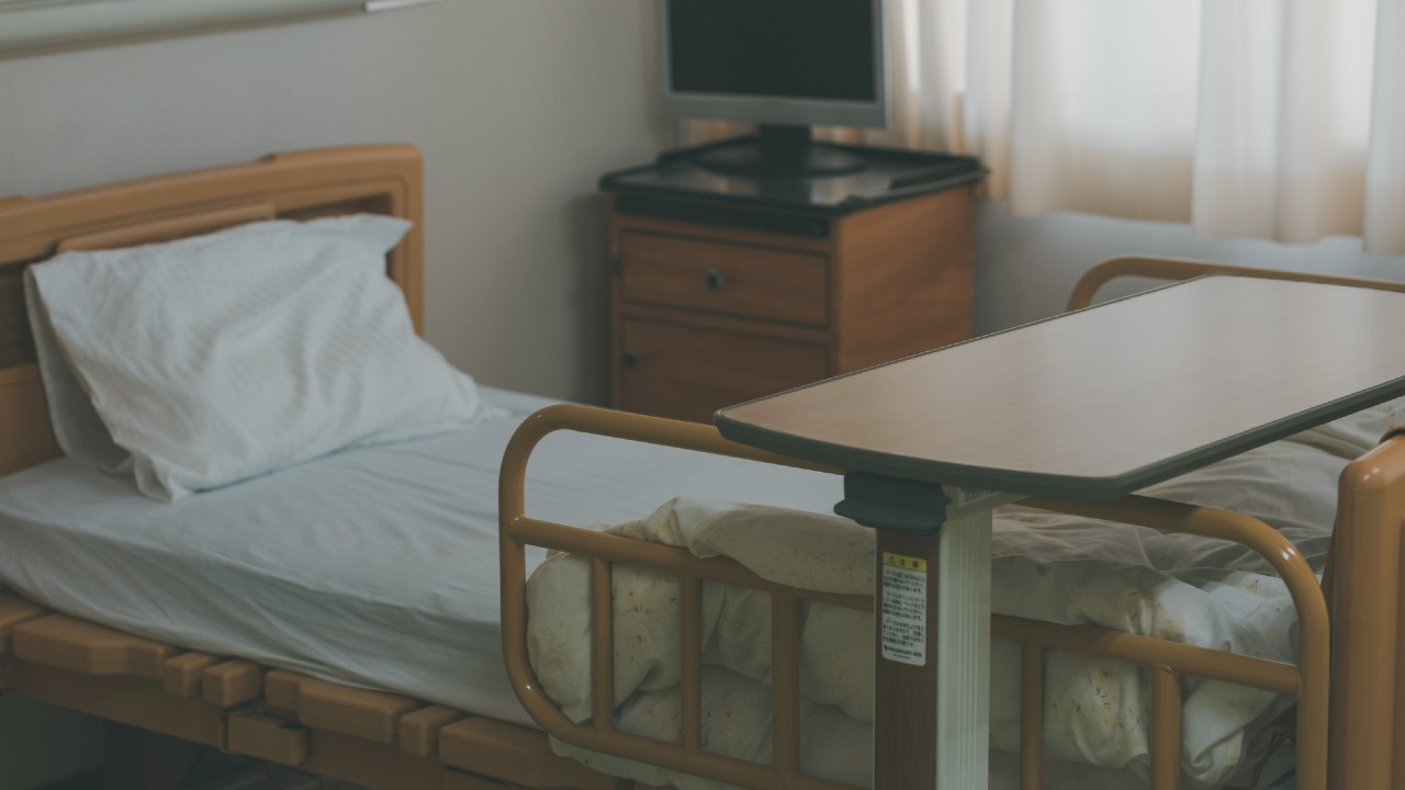 コロナ罹患で「申し訳なくて苦しかった」…医療従事者の療養記