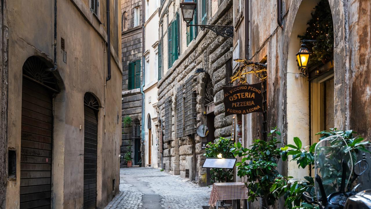 先行き不透明なイタリア連立政権、国債利回りの変動に懸念も