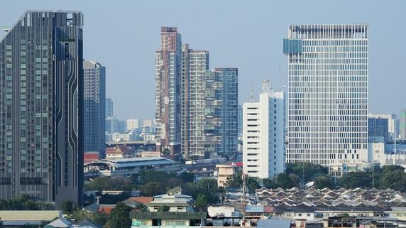 バンコク中心街に6駅12分…鉄道がマンション革命を起こした