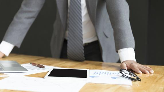 保険会社が保険料を立て替える「自動振替制度」の仕組み