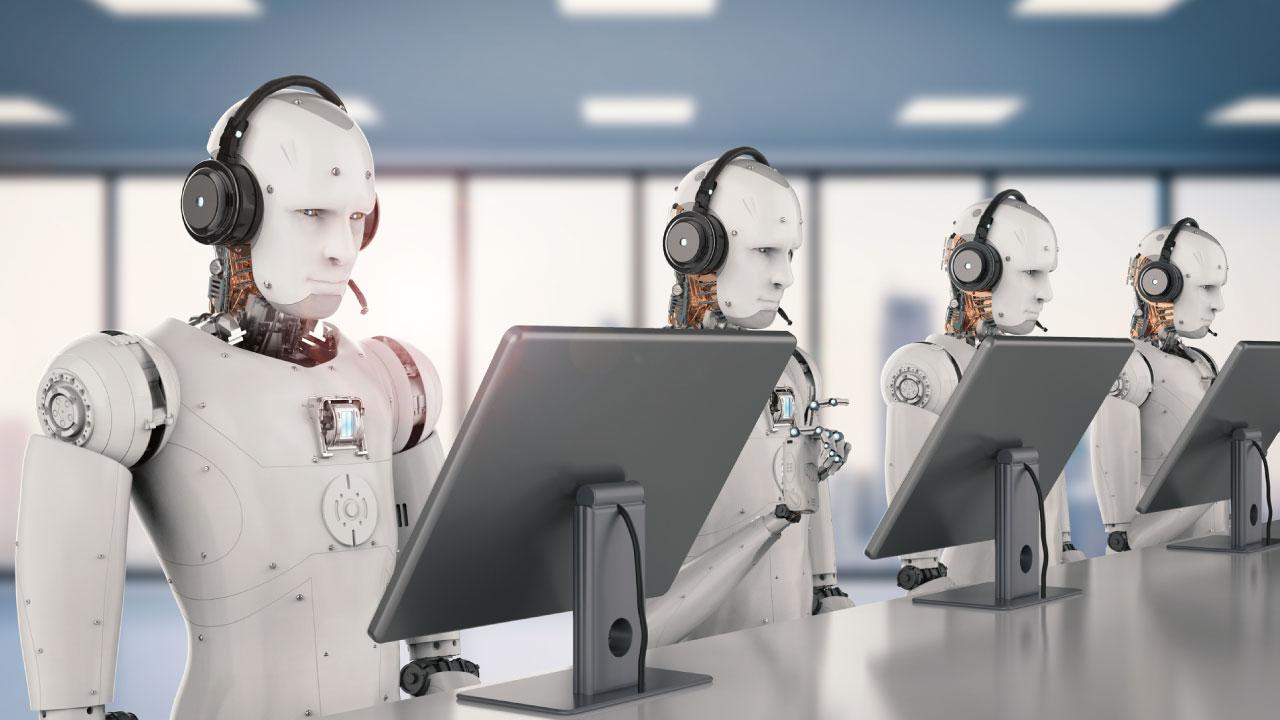 IA搭載のロボットに「接客業務」をさせる実験的な取り組み