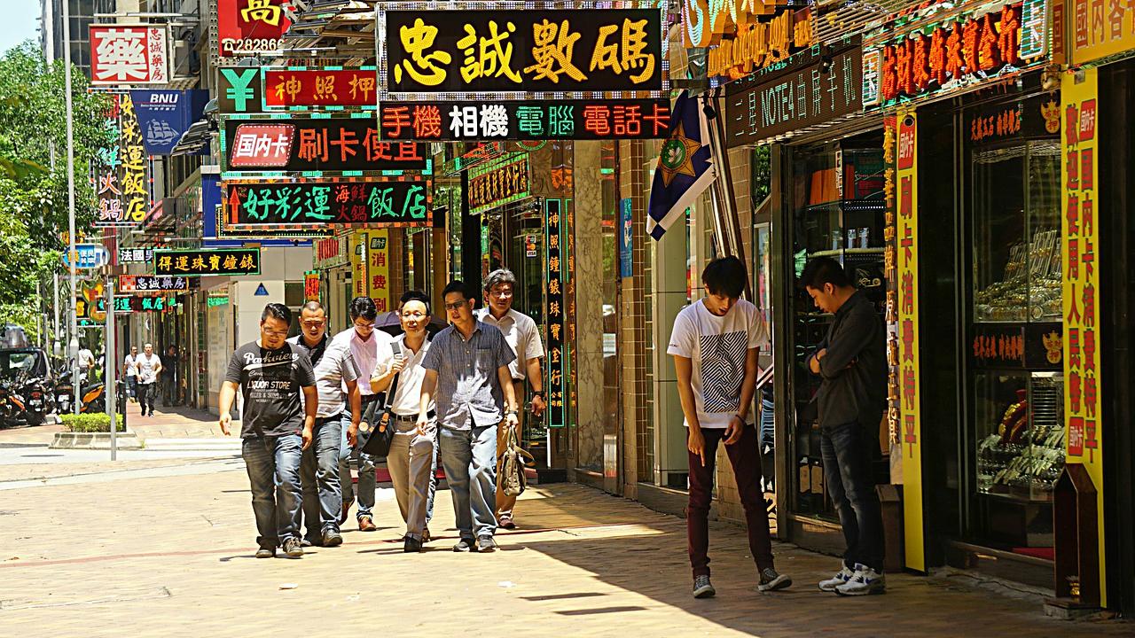 「漢語危機」の背後にある、政治的・経済的・社会的要因とは?